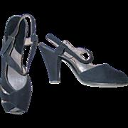 Vintage 1940s Black Suede Doeskin Sling Back Peep Toe Ankle Strap Heels