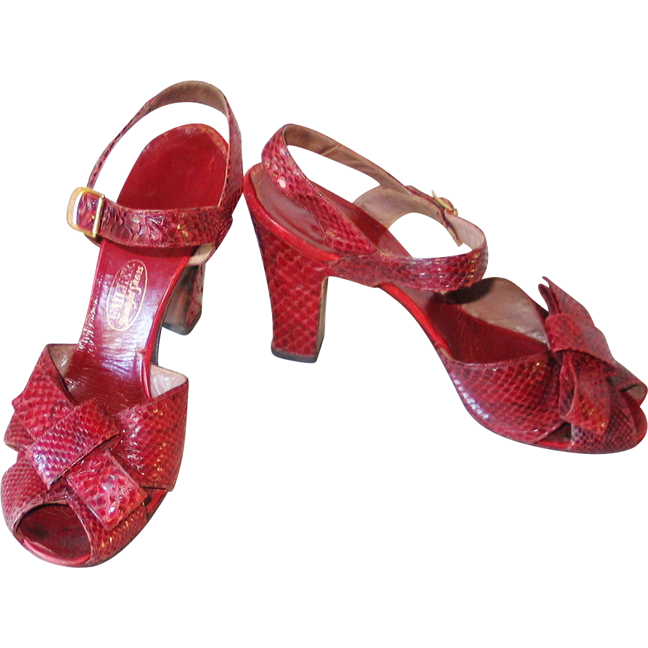 Vintage 1940s Crimson Red Reptile Peep Toe High Heel Shoes