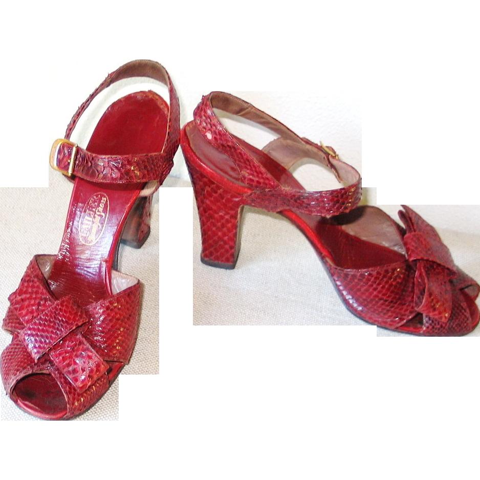 Vintage 1940s Crimson Red Reptile Peep Toe High Heel Shoes