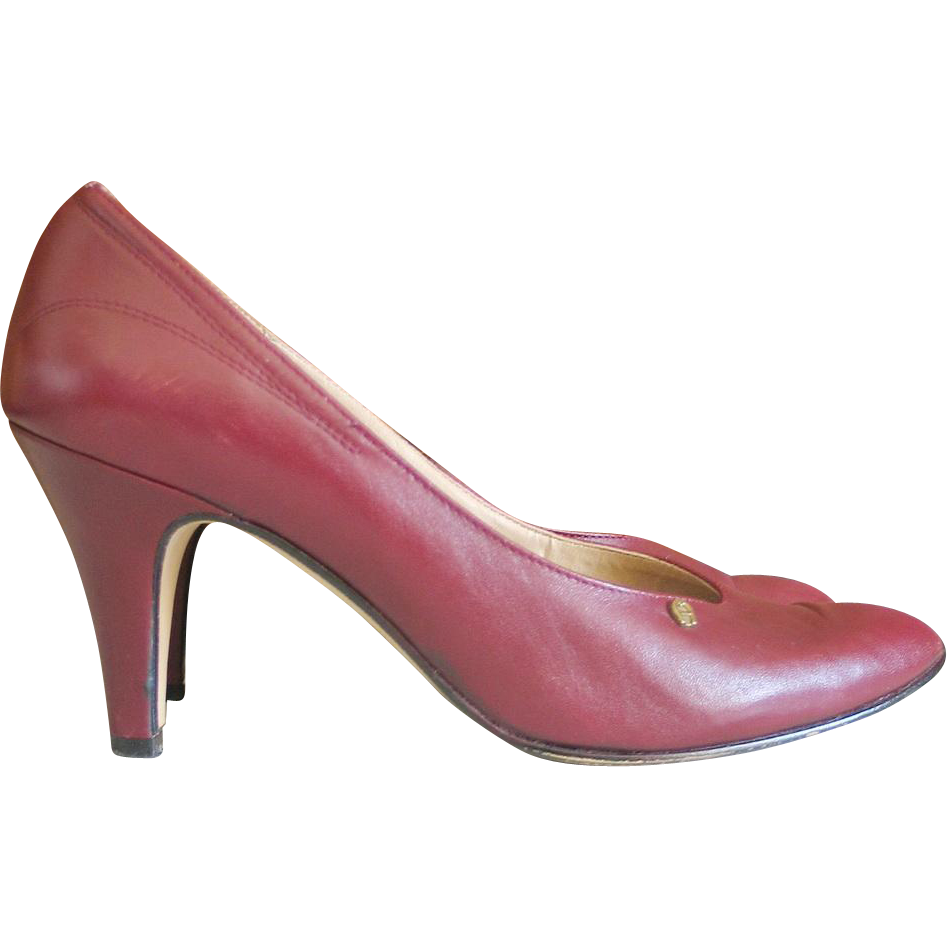 Vintage 1980s Rich Oxblood Maroon Etienne Aigner Italian Leather Heels