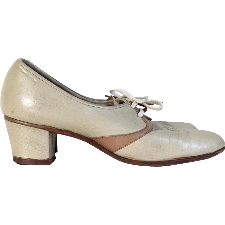 Vintage 1940s Florsheim 2 Tone Oxfords Lace Ups Shoes Low Heels