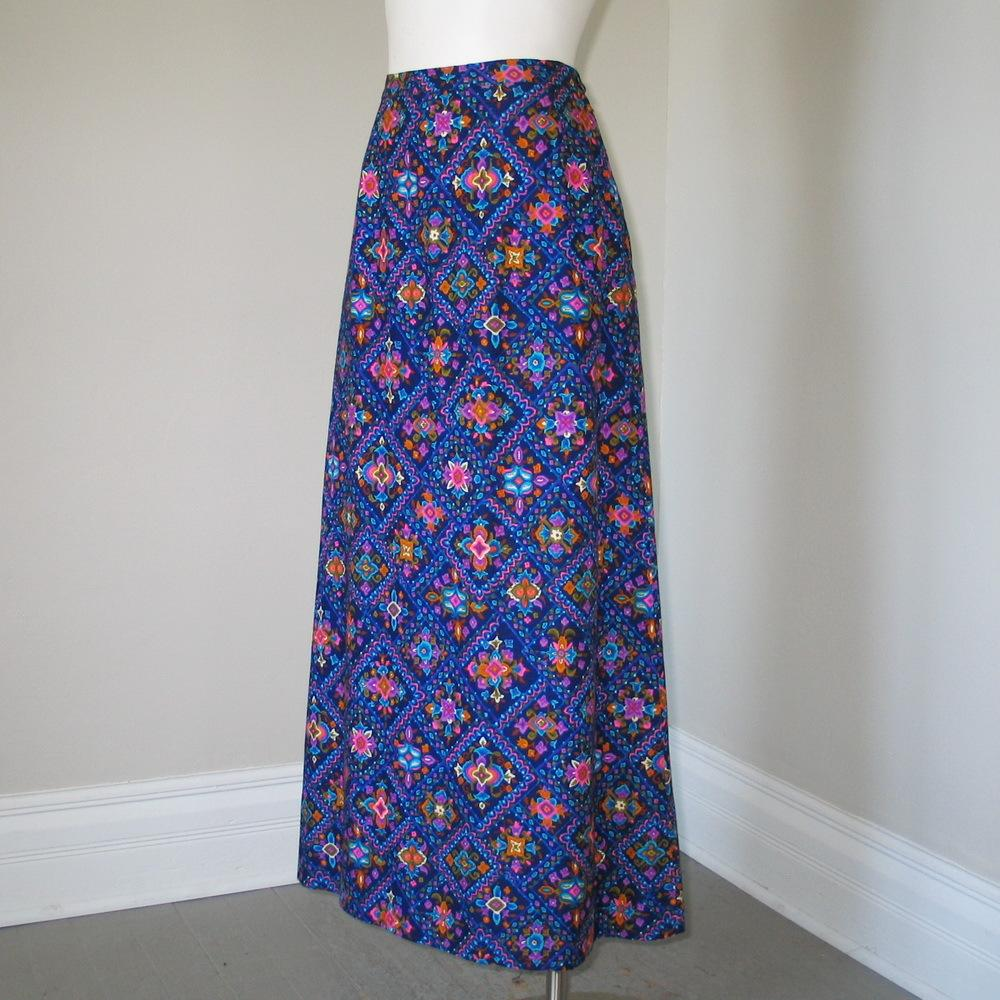 Vintage 1970s Madison Navy Blue Maxi Skirt with Bright Neon Ethnic Hippie Boho Print S