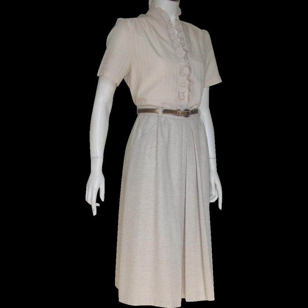 Vintage 1970s Oatmeal Fall Winter Skirt with Bronze Metallic Finish Skinny Belt XS S