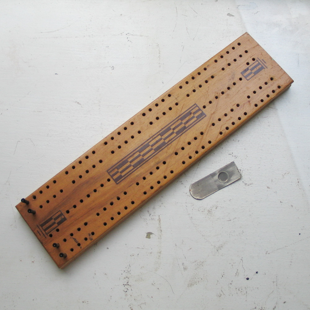 Vintage Wood Cribbage Board