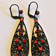 Vintage Red Rhinestones Earrings