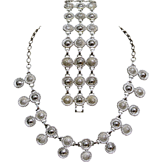 Vintage Emmons Silvertone Double Circle Necklace And Bracelet Set