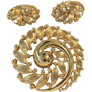 Vintage Monet Swirl Brooch And Earring Set