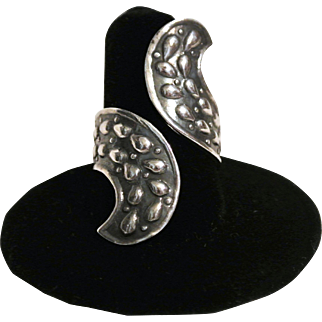 Vintage Sterling Pear-Shaped Drops Ring