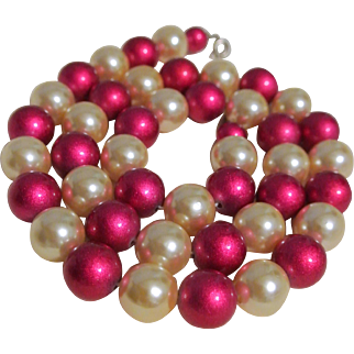 Vintage Hot Pink And White Large Bead Necklace