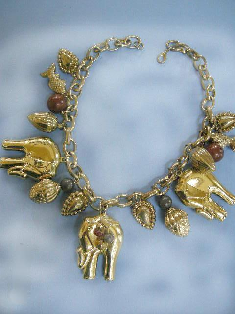 Fun and Chunky Vintage  Elephants Charm Drippy Dangling Necklace