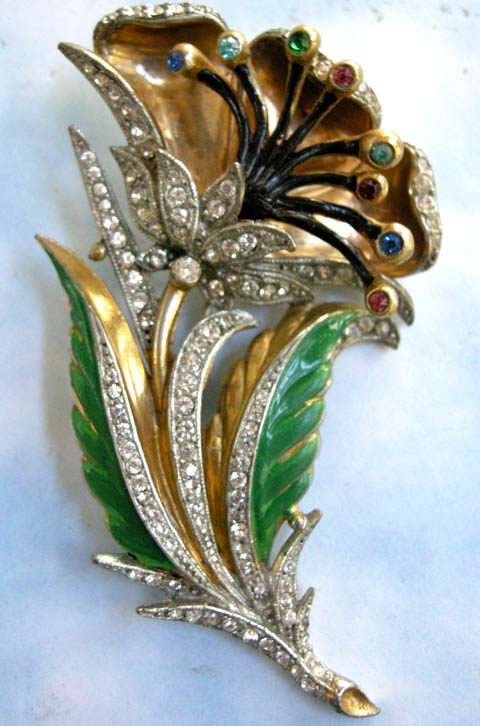 Breathtaking Vintage Massive Rhinestone Flower Trembler Brooch