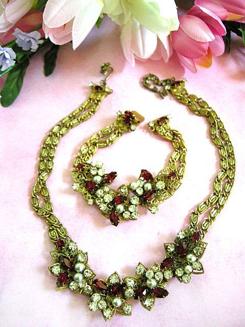 Exquisite Designer Ruby Red Rhinestone Faux Pearl Vintage Necklace and Earrings