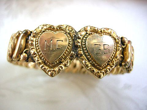 WW2 Sweetheart Double Heart Engraved Expansion Bracelet