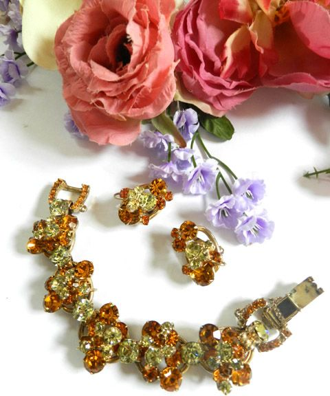 Gorgeous  D&E Juliana Vintage 5 Link Bracelet and Earrings Chunky