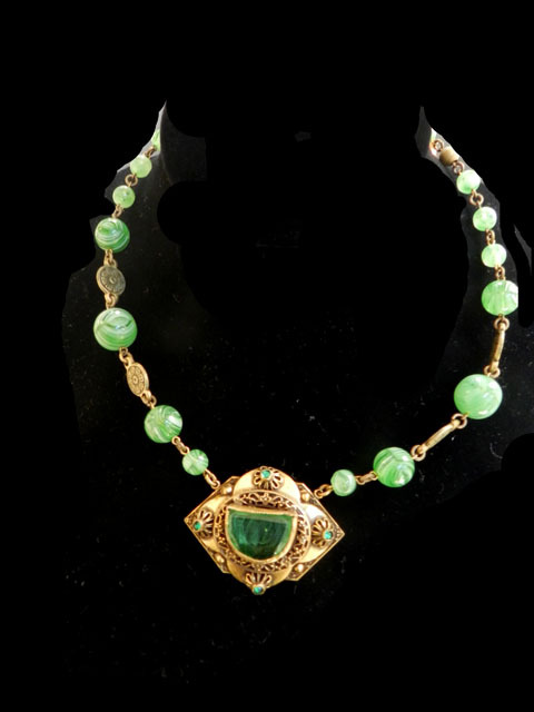 Fabulous Early 1900's Art Glass Emerald Glass Czech Necklace