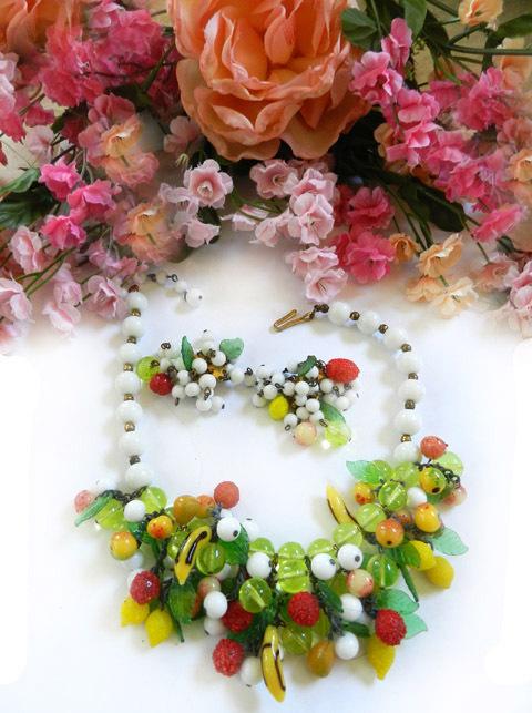 Beach Party Bingo Vintage Italian Glass Necklace Earring Demi