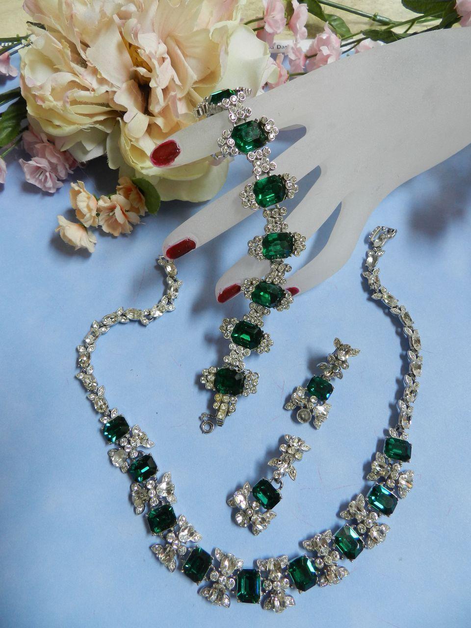 Return to Elegance Encrusted Rhinestone Vintage Necklace bracelet earrings