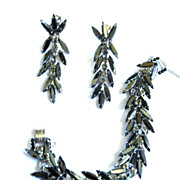 Exquisite Vintage Juliana Hematite Rhinestone Bracelet and Chandelier Earrings
