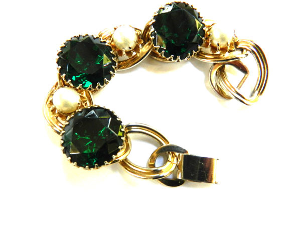 Big Chunky Emerald Rhinestone Vintage 50s  Bracelet Faux Pearls