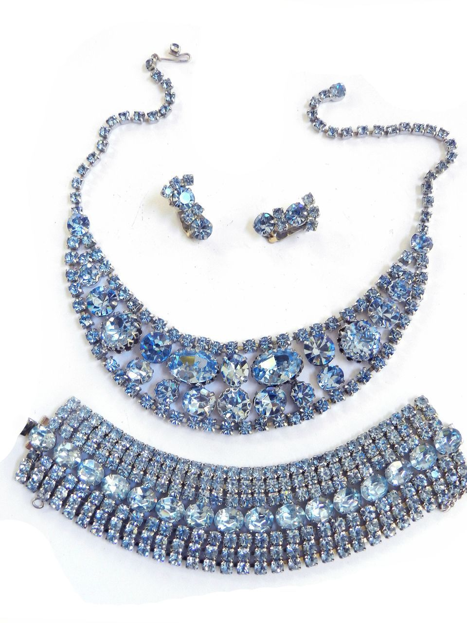 Gorgeous Light Sapphire Blue Big Stones  1950s Bib Collar Necklace Bracelet Earrings