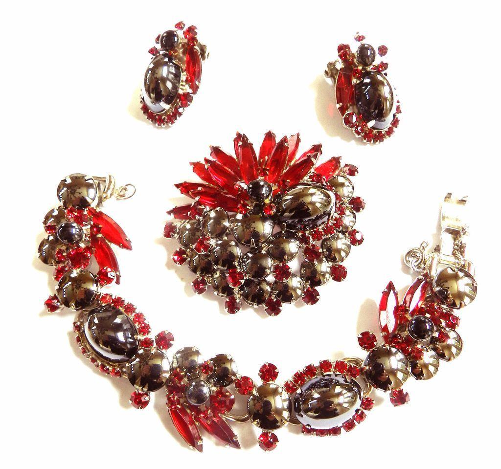Vintage Juliana Hematite Glass Cabochon Bracelet Earrings and Brooch