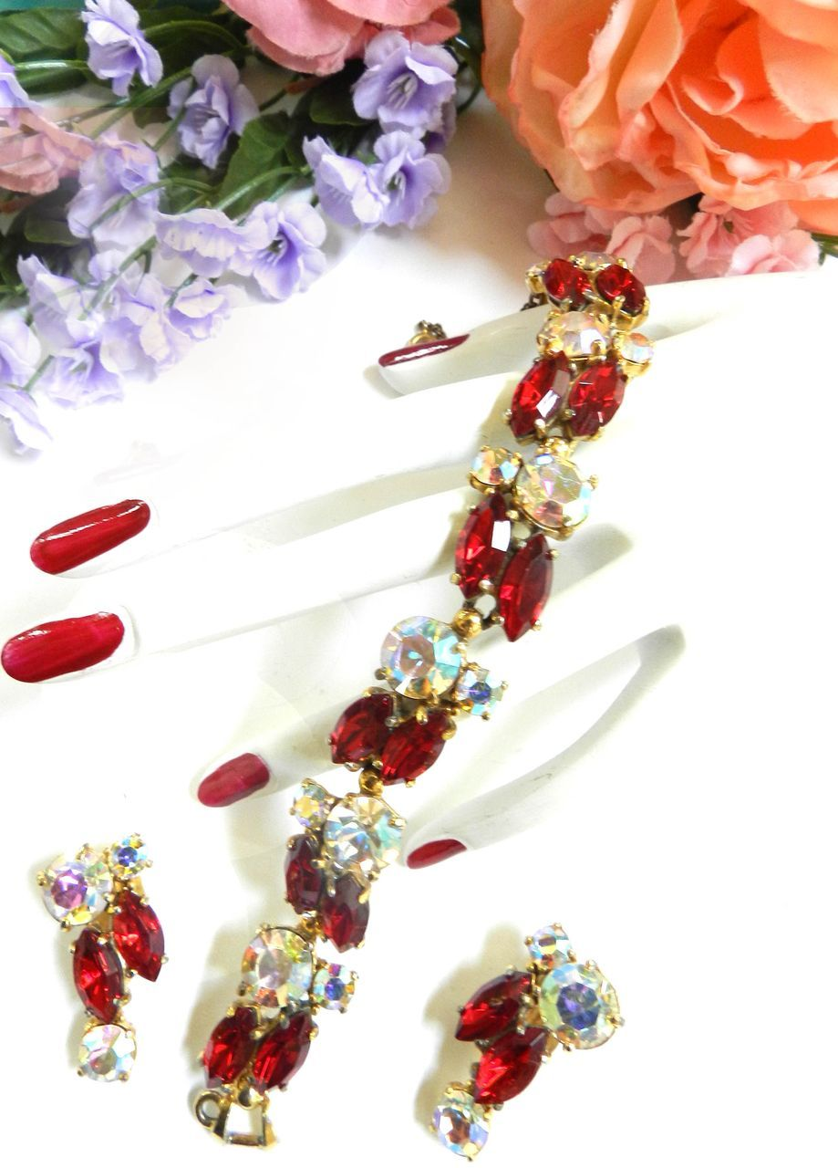 Vintage Ruby Red Schiaparelli 40s Bracelet and Earrings