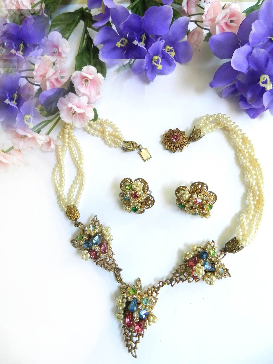 fabulous Robert Vintage faux Pearl and Rhinestone Necklace and Earrings
