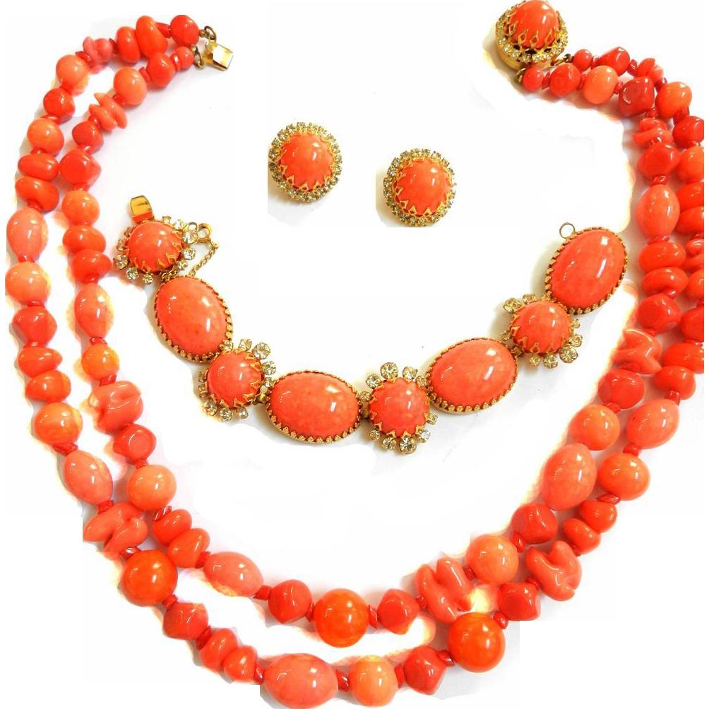 Gorgeous Hattie Carnegie Vintage 50s Coral Glass Beads Necklace Bracelet Earrings