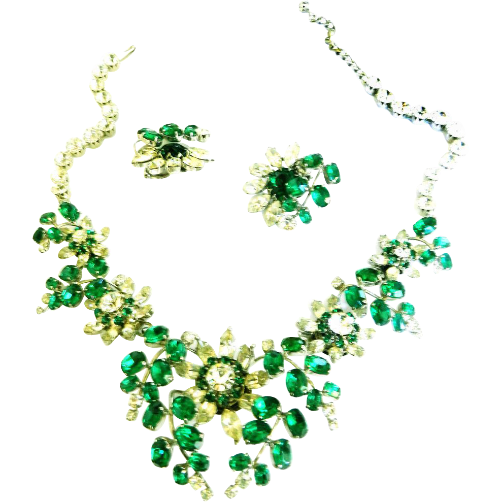 Huge Vintage 50s Emerald Green Bib/ Collar Necklace and Earrings