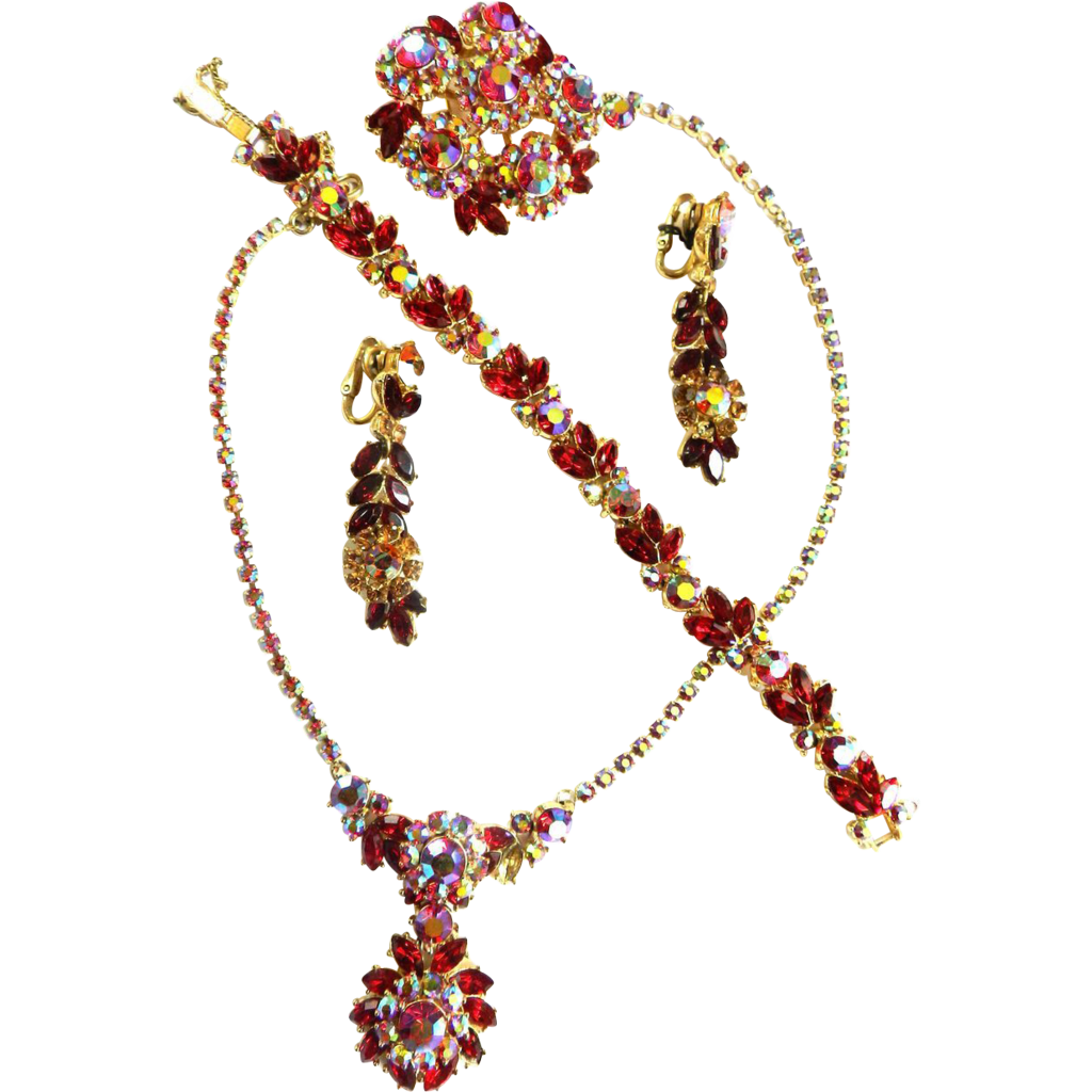 Exquisite Grand Parure Trifari Ruby Red 1950s