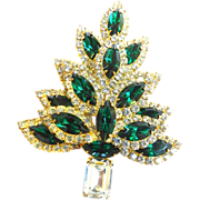 Exquisite Dazzling Massive Emerald Rhinestone Xmas Tree Brooch