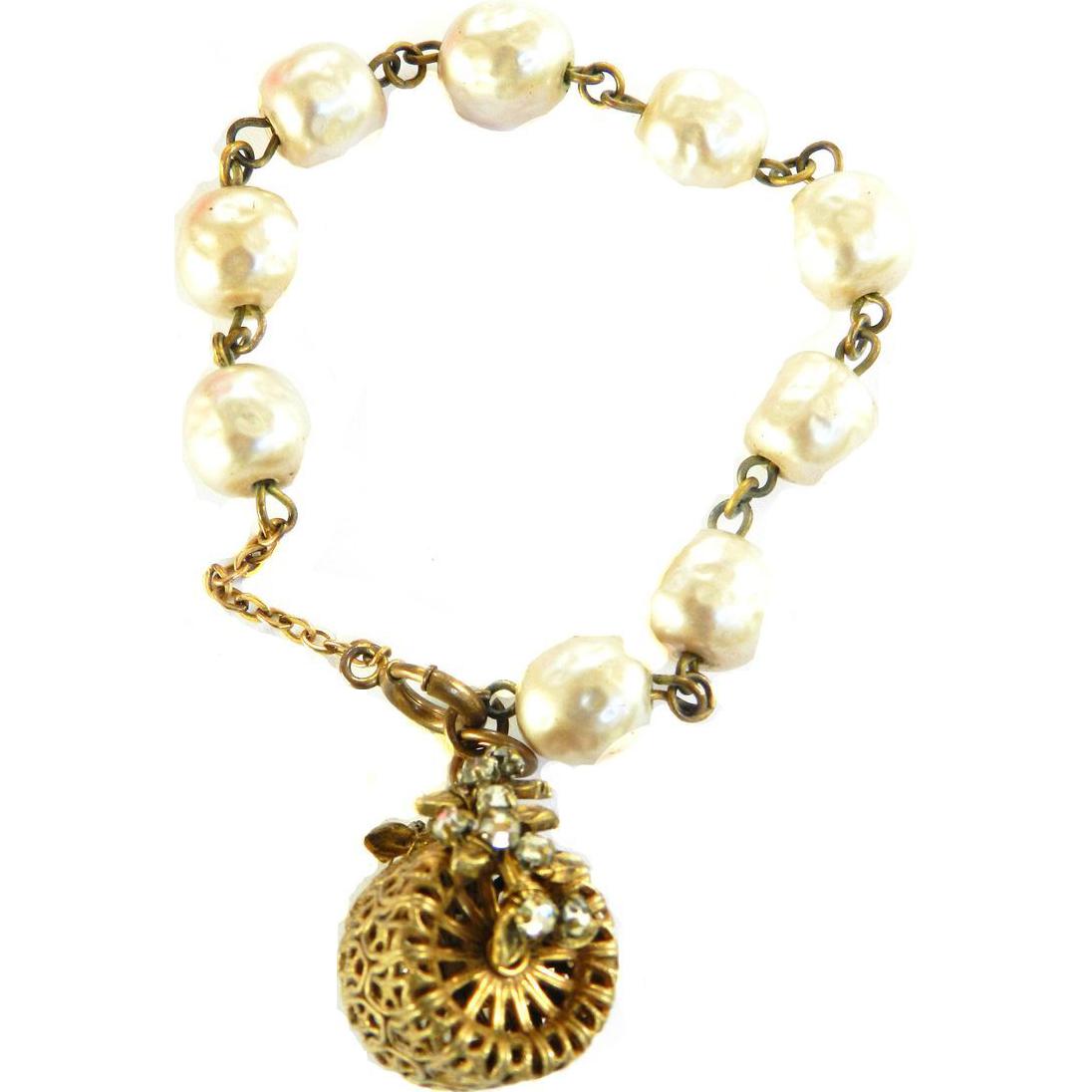 1940 Baroque Pearl Charm Bracelet