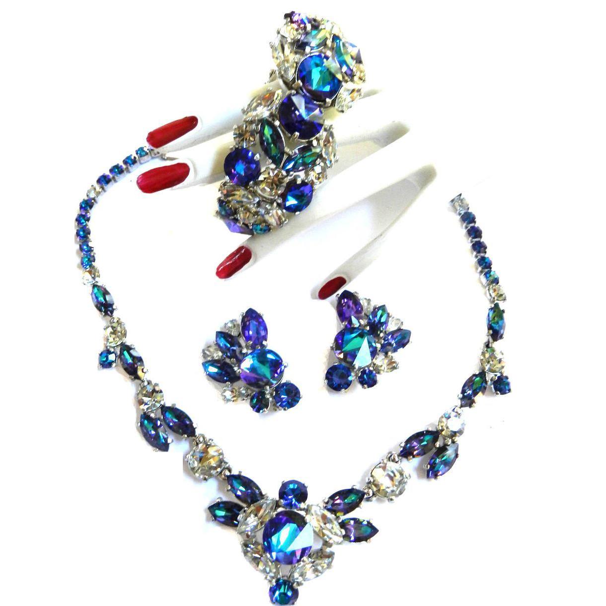 Breathtaking Schiaparelli Watermelon Necklace Bracelet Earrings