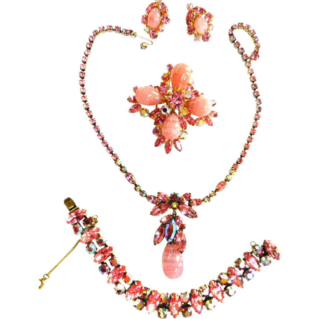 Pretty in Pink Regency Art Glass Drippy Necklace and Bracelet Brooch and Earrings 50s