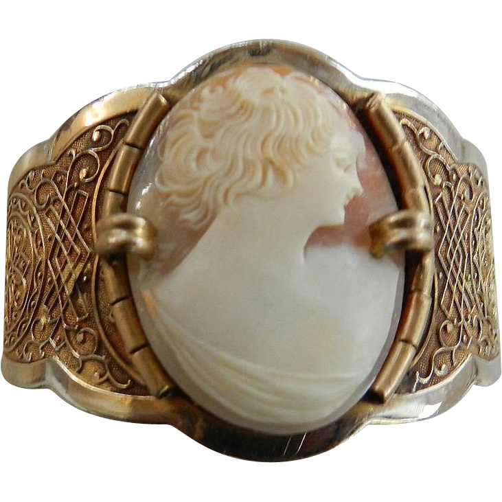 Fabulous  Shell Cameo Bracelet Clamper Early 1900s