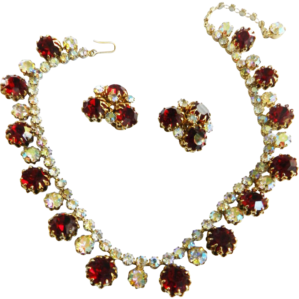 Gorgeous Vintage Ruby Red Vogue Necklace and Earrings