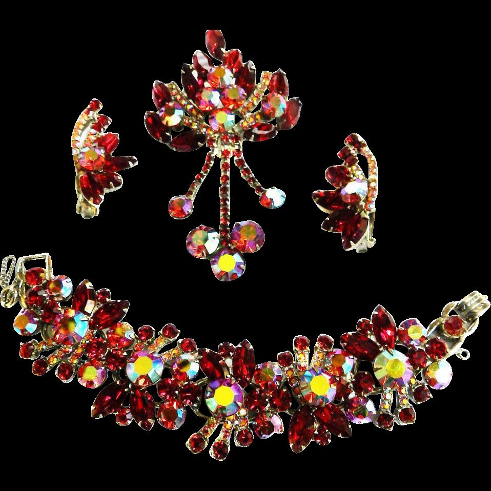 Breathtaking Juliana Huge Drippy Red Brooch Earrings and Bracelet