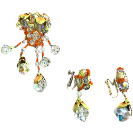 Exquisite Vendome Drippy Crystal Brooch and Earring Demi Vintage 50s
