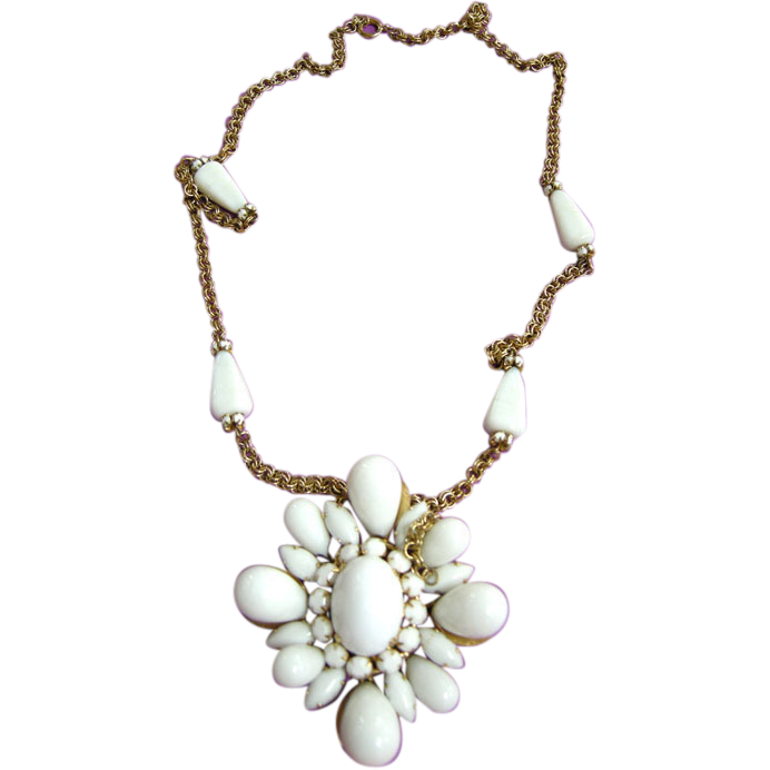 Massive Schreiner Milk Glass Necklace/Brooch Golden Colored Chain 1950s