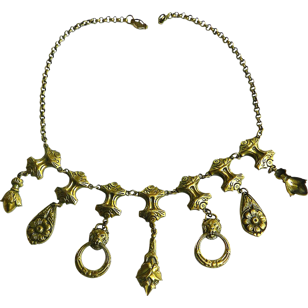 Late 1800s to Early 1900s Etruscan Lion Head Necklace