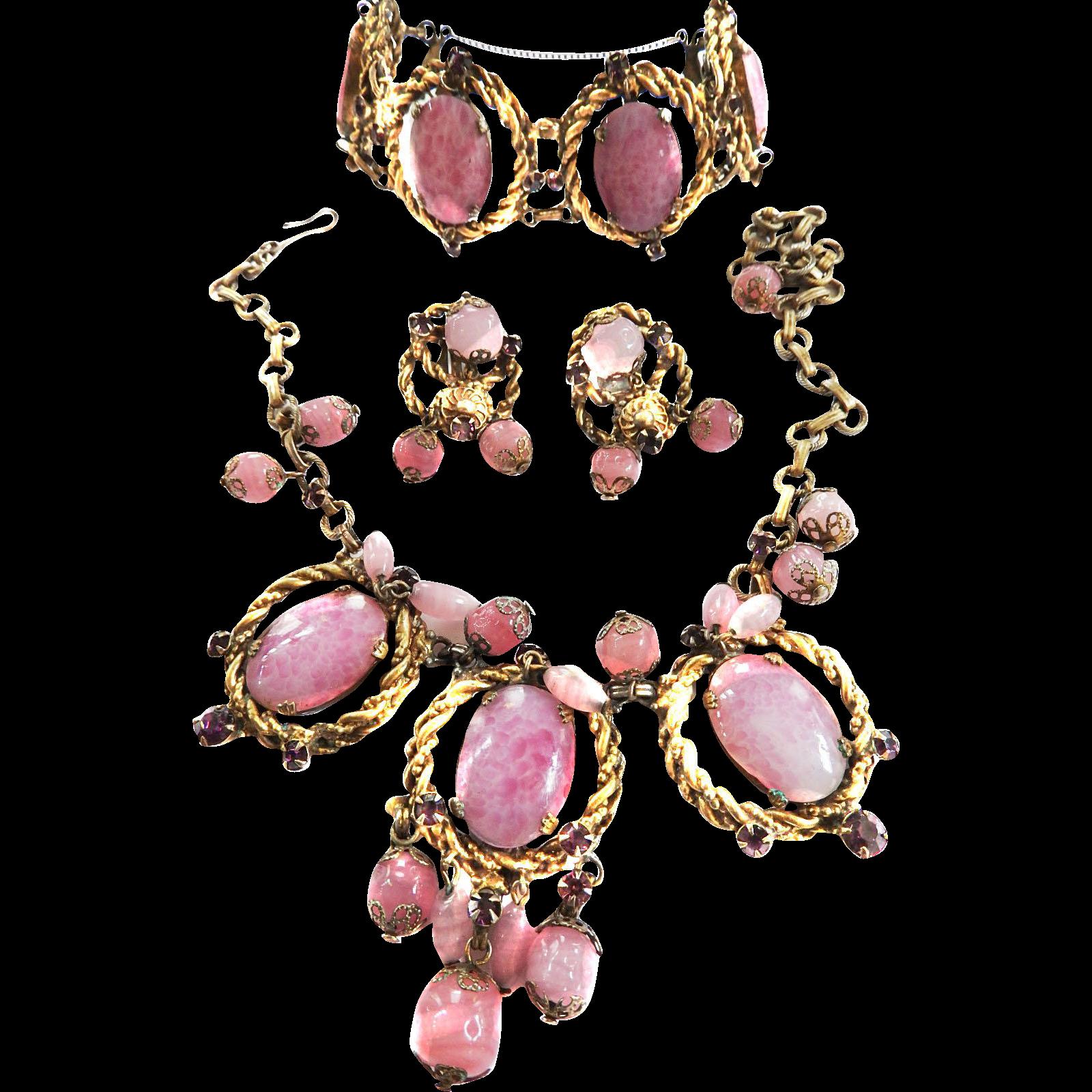 Pretty in Pink 1940s Art Glass Necklace Bracelet Earrings