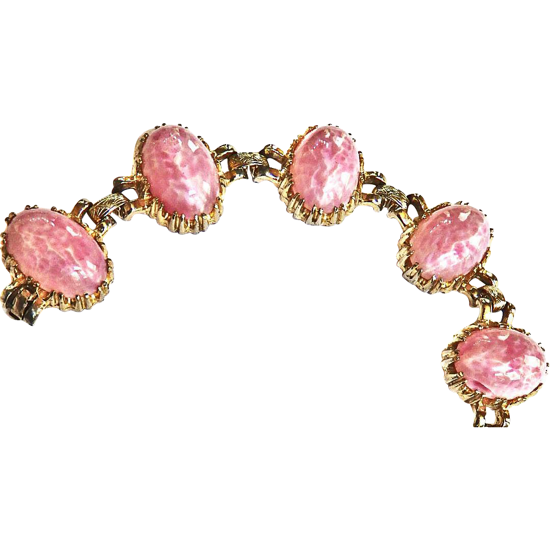 Gorgeous Pink Marbled Egg Chunky 50s Bracelet