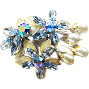 Vntage Regency Faux Pearl Brooch with Blue Rhinestones