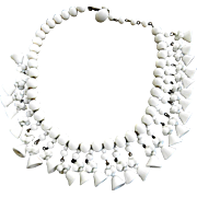 Vintage 50s Milk Glass Art Glass Drippy Bell Necklace