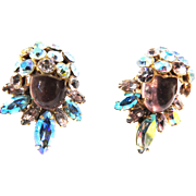 Gorgeous Carnegie Vintage Earrings