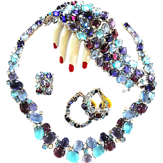 Breathtaking Glass Cabochon Necklace Bracelet Earrings Ring Vintage