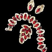 Lady in Red Vintage Weiss red Rhinestone Bracelet Earrings Brooch