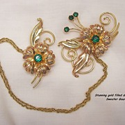 Gorgeous Deco Gold filled Emerald green colored Rhinestone Double Brooch Sweater Guard