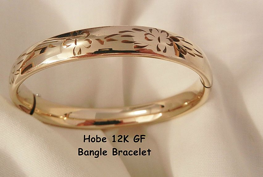 Gorgeous Hobe 12K GF Etched bangle Bracelet