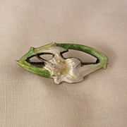 Art Nouveau British sterling Guilloche Calla Lily C Clasp Brooch 1905